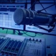 Yüz Yıllık Tarihinin En Zor Günlerinde Radyo